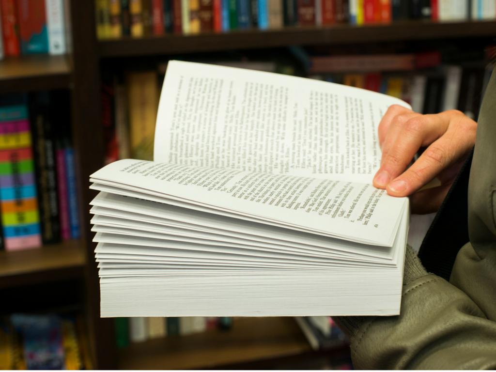 bookinbookstore